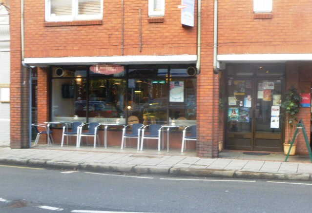 Attractive and Modern Coffee Shop, Middlesex for sale