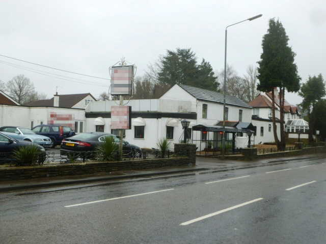 Spacious Detached Licensed Restaurant in Berkshire for sale