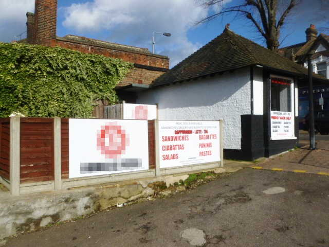 Sandwich Bar and Kiosk Premises in Chingford For Sale