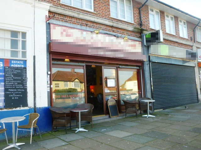 Attractive Superbly Fitted Coffee Lounge / Restaurant in Middlesex for sale