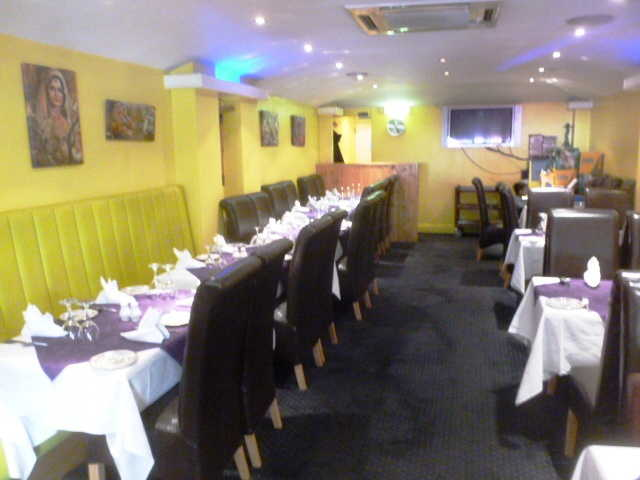 Well Established Licensed Restaurant for sale in Brompton for sale