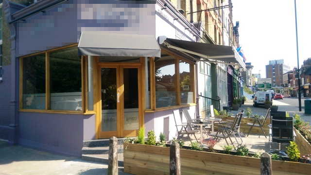 Attractive Superbly Fitted Licensed Restaurant, South London For Sale