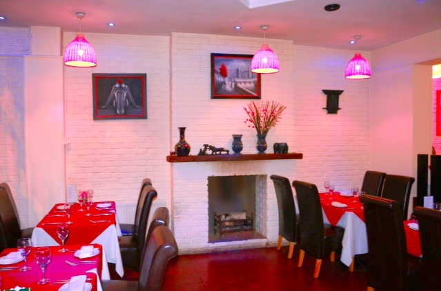 Spacious Licensed Restaurant for sale in Battersea for sale