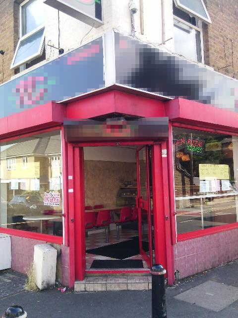 Fully Equipped Burgers, Grilled Chicken, Kebabs, Pizzas, Curries and Chips, Berkshire for sale