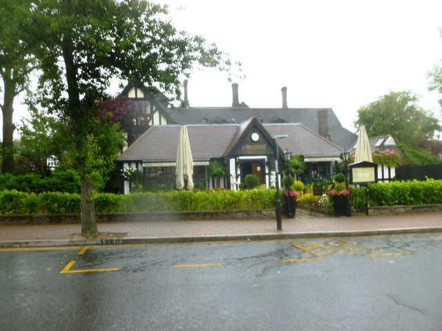 Spacious Olde Worlde Detached Licensed Restaurant, Kent for sale