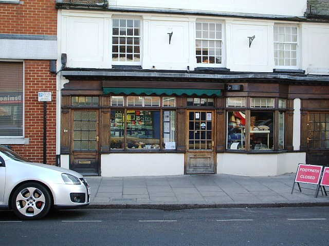 Most Attractive Licensed Coffee Shop and Restaurant Plus Well Established Retail Bakery and Fully Equipped Bakers, Berkshire For Sale