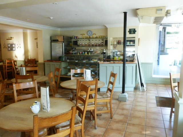 Most Attractive and Spacious Licensed Restaurant / Tearooms for sale in Lyndhurst for sale
