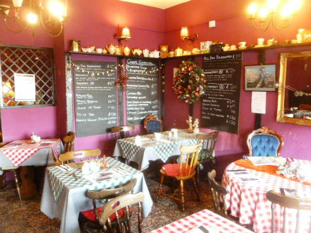 Tea Room Restaurant in Lowestoft For Sale