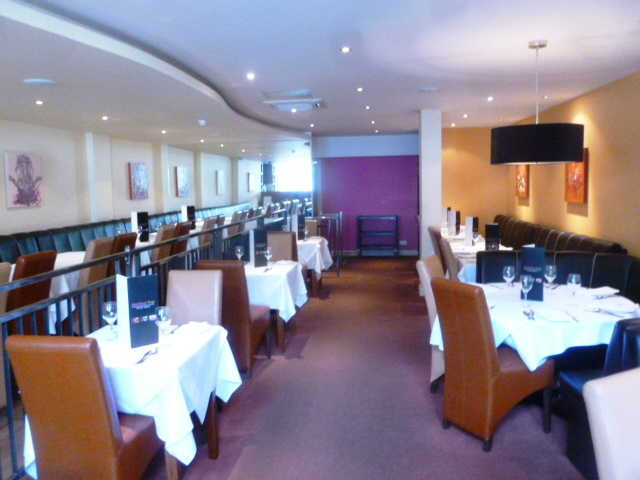 Spacious Superbly Fitted Licensed Restaurant for sale in Andover, Hampshire for sale