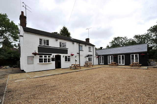 Detached Attractive Freehouse, Restaurant Plus Function Room, Bedfordshire For Sale