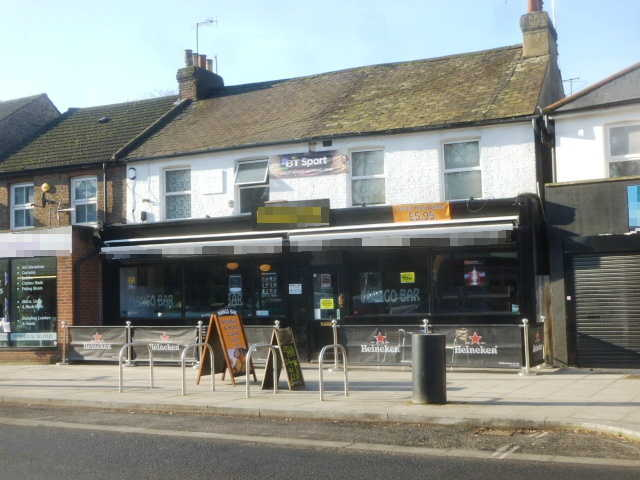 Attractive and Spacious Freehold Wine Bar, Surrey For Sale