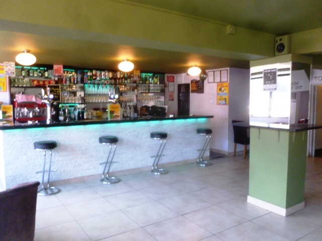 Spacious Wine Bar (Full On Licence + Music Licence) for sale in Surrey for sale