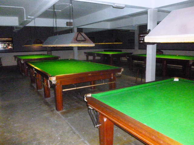 Spacious Snooker and Sports Lounge, Essex For Sale