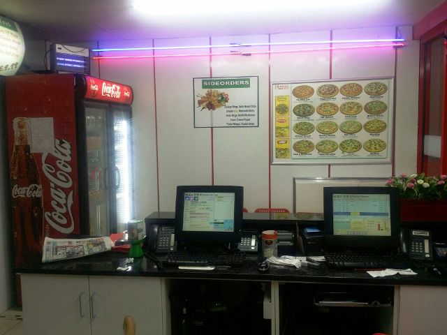 Fully Equipped Pizza Takeaway and Delivery for sale in Dagenham for sale