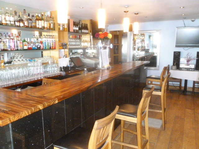 Attractive Well Equipped Wine Bar Plus Licensed Restaurant for sale in Sutton for sale