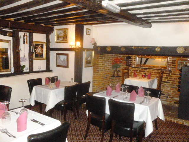 Most Attractive Olde Worlde Licensed Restaurant for sale in Royston for sale