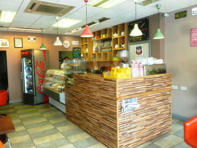 Attractive Coffee Shop A1 Use (Catering For Teas, Coffees, Soft Drinks, Sandwiches, Panini's, Toasted Sandwiches, Salads Etc) for sale in Surbiton for sale