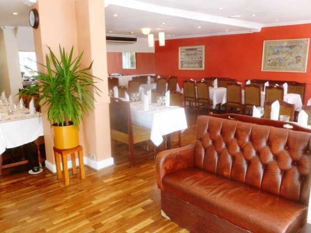 Spacious Licensed Restaurant for sale in Pollards Hill, South London for sale