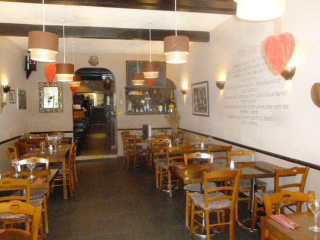 Spacious Licensed Italian Restaurant for sale in Woking, Surrey for sale