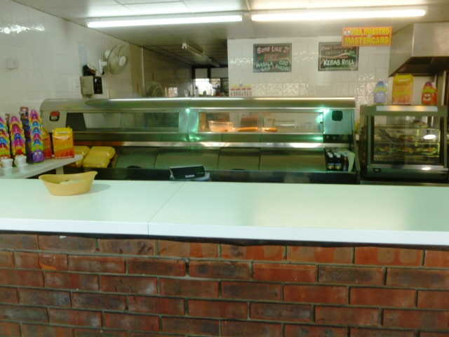 Well Equipped and Spacious Takeaway Fish and Chips, Kebabs, Fried Chicken for sale in Buckinghamshire for sale