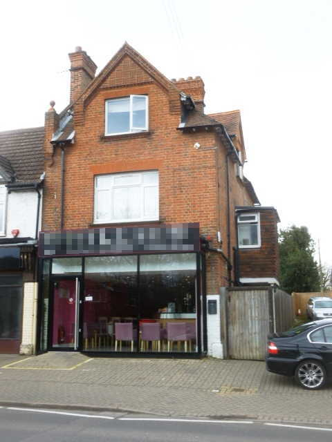 Indian Restaurant and Takeaway in Berkshire For Sale