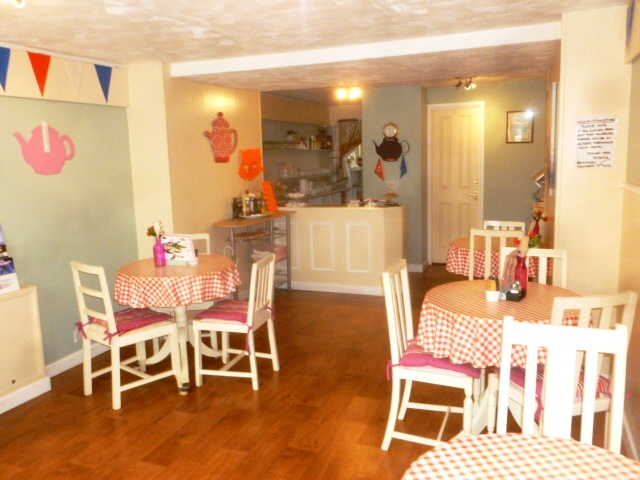 Attractive Freehold Tearooms / Coffee Shop (A1 Use) for sale in Gosport, Hampshire for sale