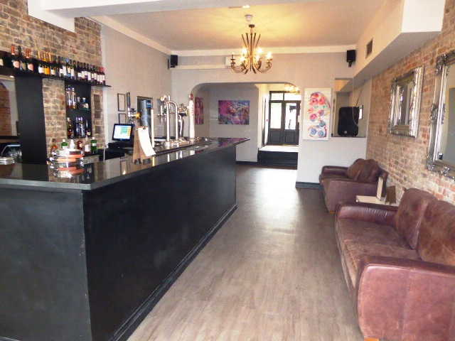 Restaurant and Bar in Bromley For Sale