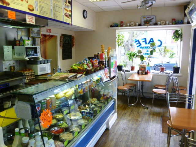 Cafe & Sandwich Bar in Croydon For Sale