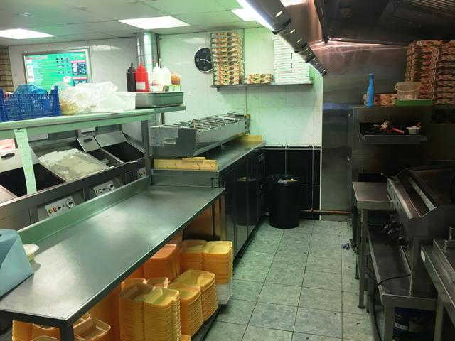 Pizza, Kebab, Chicken and Fish & Chip Shop in Buckinghamshire For Sale