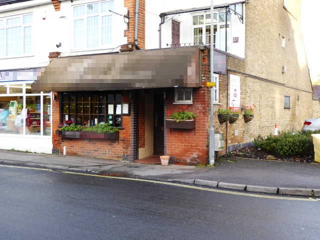Wine Bar and Restaurant in Buckinghamshire For Sale