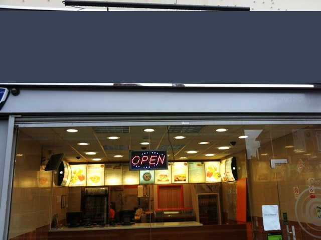 Fast Food Restaurant and Chicken Shop in Hampshire For Sale