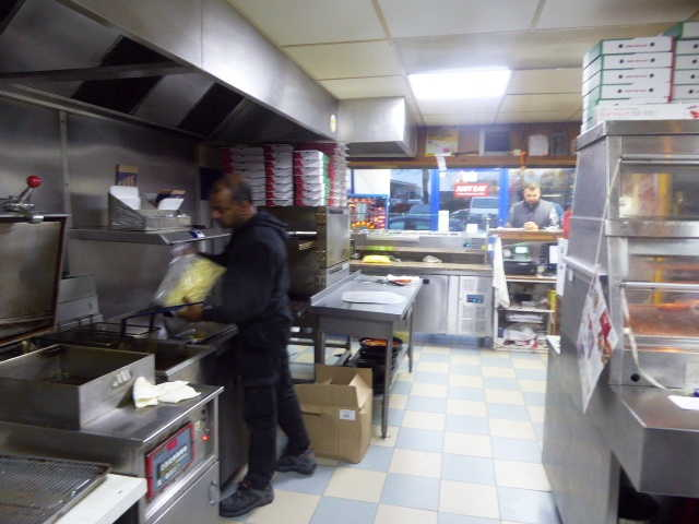 Chicken & Pizza Shop in Surrey For Sale