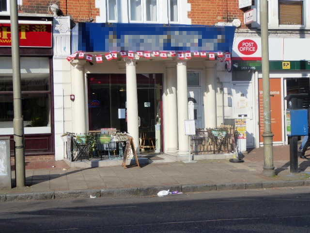 Caf� Restaurant in South London For Sale