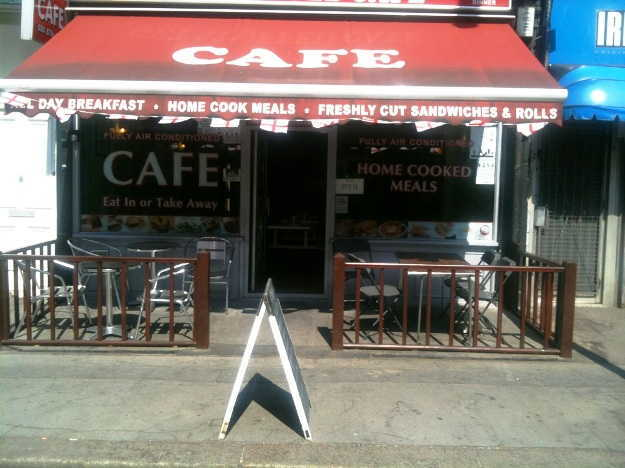 Cafe Restaurant in South London For Sale