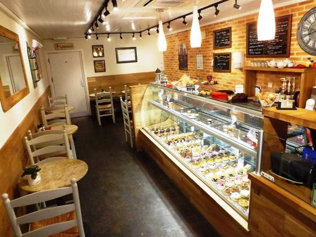 Patisserie and Coffee Shop in Ealing For Sale