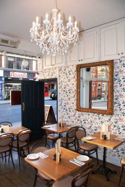 Buy a Restaurant, Fast Food Restaurant and Wine Bar in Central London