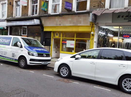 Chinese Takeaway and Delivery in North London For Sale