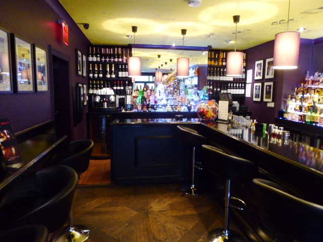 Wine Bar in Forest Hill For Sale