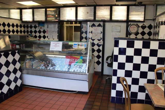 Pizza, Kebab & Chicken Shop in Feltham For Sale