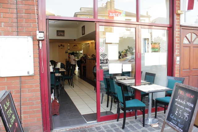 Restaurant in West London For Sale