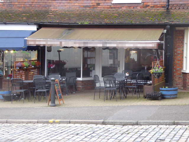 Coffee Shop & Restaurant in Surrey For Sale