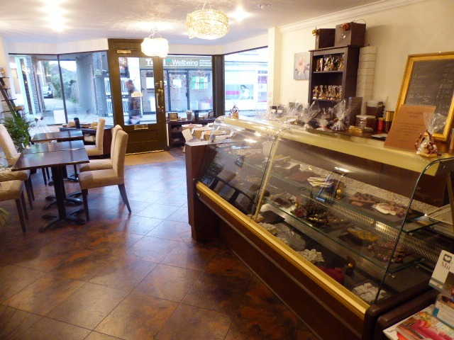 Coffee and Cake Shop in Weybridge For Sale
