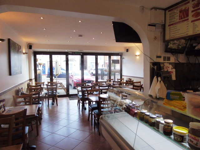 Cafe Restaurant in Romford For Sale