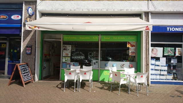 Sandwich Bar and Delicatessen in Hertfordshire For Sale