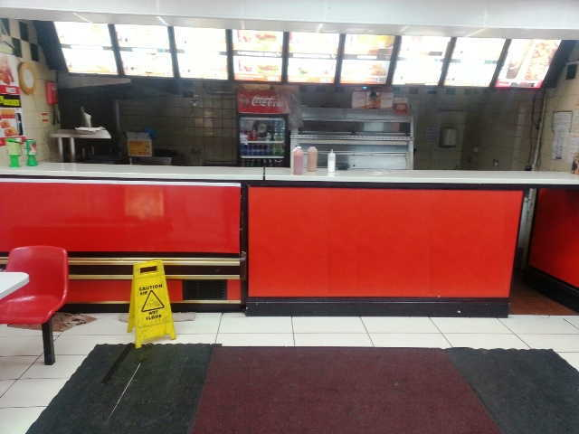 Chicken & Pizza Shop in Romford For Sale