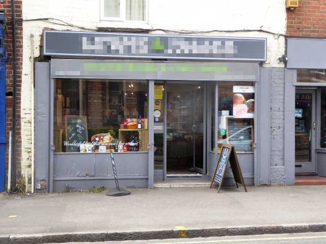 Delicatessen and Off Licence in Berkshire For Sale