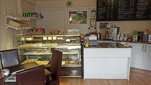 Cafe & Indian Takeaway in Berkshire For Sale