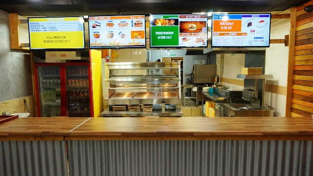 Chicken & Burger Shop in Surrey For Sale