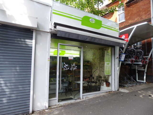 Italian Coffee Shop in South London For Sale