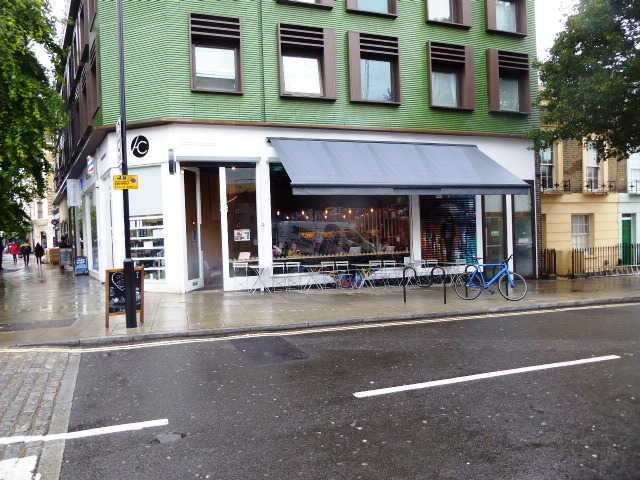 Licensed Boutique Café & Coffee Shop in North London For Sale